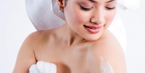 Obiceiuri pe care trebuie sa le eviti daca vrei sa ai grija de pielea ta